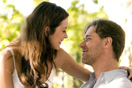 Marion Cottilard and Russel Crowe in A good year (2006).